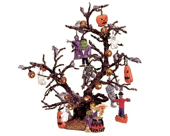 Decorated Halloween Tree Lighted