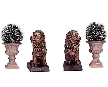 Lion Statue & Decorative Vase