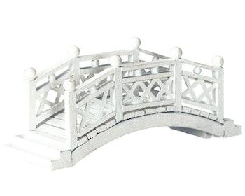 White Foot Bridge