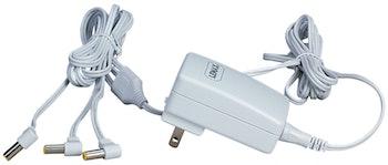 4.5V 3-Output Adapter White Fixed US Plug