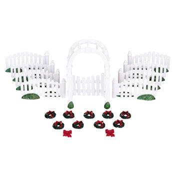 Plastic Arbor & Picket Fences With Decorations, Set O...