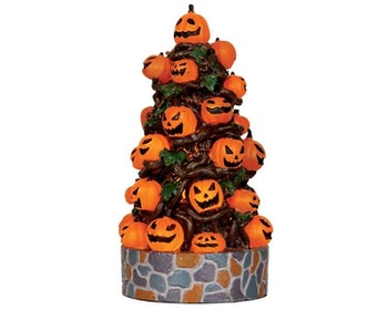 Lighted Pumpkin Tree