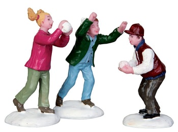 Snowball Fight  Set Of 3
