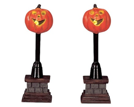 Pumpkin Street Lamp