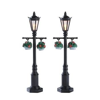 Outdoor Christmas Lamp Posts.Lemax Village Enhancements Lighted Accessories