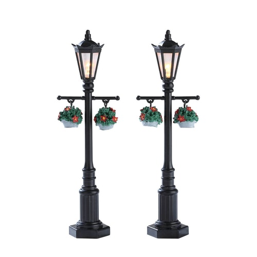 Old English Lamp Post Set Of 2