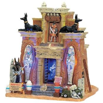 Cursed Tomb