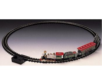 Village Train W/Round Tracks
