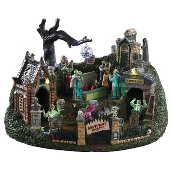 Halloween Spooky House.Lemax Spooky Town Halloween Village Collection